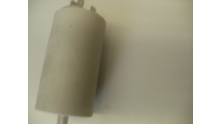 Condensator 18 uF , 2x2 aansluitingen